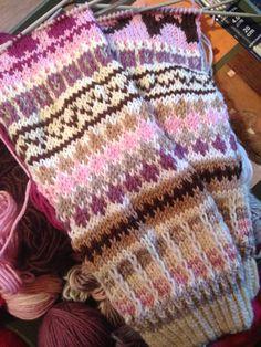 Knit Socks, Knitting Socks, Blanket, Crochet, Ganchillo, Blankets, Cover, Crocheting, Comforters