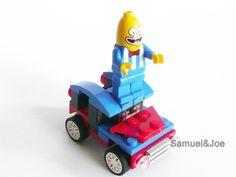 Crazy Banana driving his minicar
