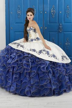 Shop for the latest 2019 Charro Quinceanera dresses at ABC Fashion. Fall in love with these beautiful Charra gowns and find your Mexican-style dress today. Quince Dresses Mexican, Mexican Quinceanera Dresses, Mexican Theme Dresses, Quinceanera Ideas, Blue And White Formal Dresses, Charro Dresses, Vestido Charro, Princess Ball Gowns, Glitter Dress