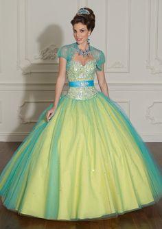 Chic sleeveless ball gown Quinceanera dress