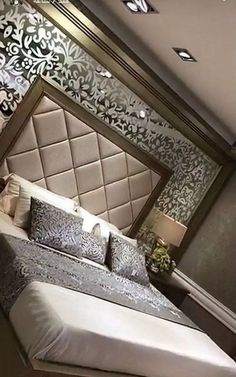Awesome Luxury Modern Master Bedroom Design will Inspire You - home decor update Modern Luxury Bedroom, Luxury Bedroom Design, Modern Master Bedroom, Bedroom Furniture Design, Master Bedroom Design, Bed Furniture, Luxurious Bedrooms, Contemporary Bedroom, Bedroom Ideas