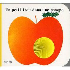 8c1c093be45639 Amazon.fr - Un petit trou dans une pomme - Giorgio Vanetti - Livres
