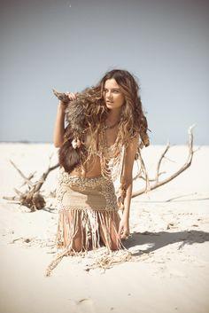 Spell, desert island, shells, crochet