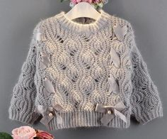 Knit Or Crochet, Lace Knitting, Knitting Stitches, Knitwear Fashion, Knit Fashion, Diy Knitting Projects, Knitted Poncho, Knitting For Kids, Knitting Patterns