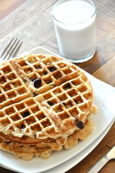 Banana Bread Chocolate Chip Waffles #healthy