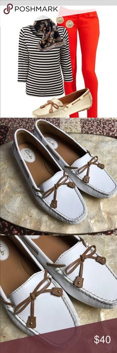 Clarks Artisan 9 Dunbar Racer Boat Shoes Loafers Clarks Artisan Womens Sz 9 Dunbar Racer Boat Shoes Loafers White Leather Moc  Women's size 9  Made in India Clarks Shoes Flats & Loafers