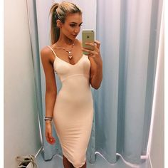 And when I say perfect girls, I mean perfect. They make these sexy tight dresses look the best that they can look. Cute Casual Dresses, Tight Dresses, Sexy Dresses, Pink Dresses, Short Dresses, The Perfect Girl, Lany, Fashion Killa, Fashion 101