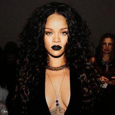 RIHANNA - 20  Awesome Black Lip Makeup Looks Ideas