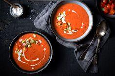 Cremige Tomatensuppe mit Kokosmilch. | Foodlovin'