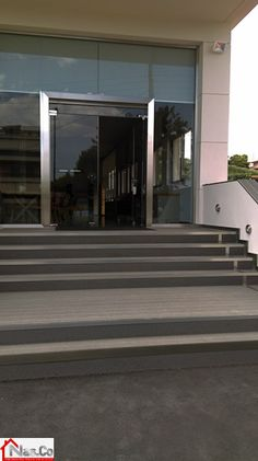 Έδρα εταιρίας Manuel στο Πόρτο Ράφτη Stairs, Home Decor, Stairway, Decoration Home, Room Decor, Staircases, Home Interior Design, Ladders, Home Decoration