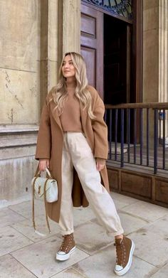 Casual Chic Outfits, Warm Outfits, Fall Winter Outfits, Autumn Winter Fashion, Work Fashion, I Love Fashion, Fashion Outfits, Lawyer Outfit, Cute Workout Outfits