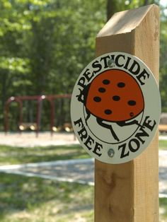 COMMENTARY: Library shouldn't use toxic pesticides - On March 3, 2009, Cherry Hill Township adopted integrated pest management guidelines, declaring pesticide-free zones in its parks,where children play; at the library, where toddlers go to story-reading time and older children take out books; and at the township hall.