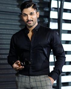 Allu Arjun : The Stylish Start Of The Millennium Romantic Couple Images, Love Couple Images, Cute Boys Images, Cute Love Couple, Dj Movie, Movie Photo, Actor Picture, Actor Photo, New Photos Hd