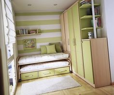 Tiny House with kids bedroom. Love the trundle.