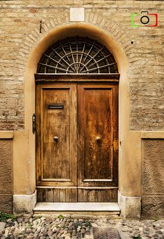 Photography of brown door, Ferrara, Italy Old Doors, Windows And Doors, Brown Doors, Knobs And Knockers, Rustic Doors, Cafe Shop, Door Ideas, Doorway, Door Design