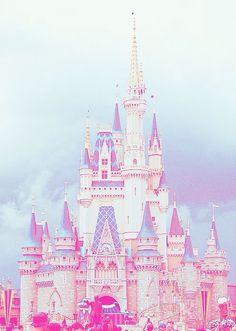 Onde os sonhos se tornam realidade, onde a magia e o encantamento toma conta do seus pensamentos .