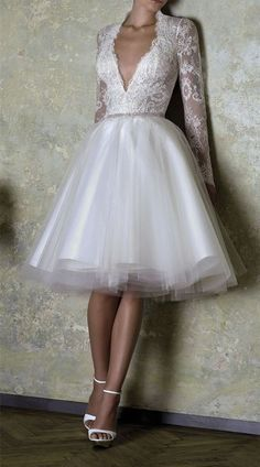 Long Sleeve Wedding Dress,Short Wedding Dresses,Tulle Wedding Dress