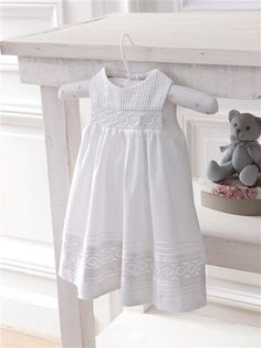Ideas For Baby Dress Baptism Shabby Chic Fashion Kids, Baby Girl Fashion, Little Dresses, Little Girl Dresses, Girls Dresses, Summer Dresses, Christening Gowns, Baby Sewing, Kind Mode