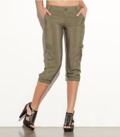 G by GUESS Chella Crinkle Cargo Capri $44.50