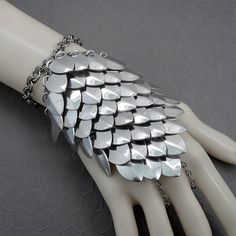 Silver Mirror Scale Armour Maille Slave Bracelet / Handflower - Stainless Steel & Aluminium