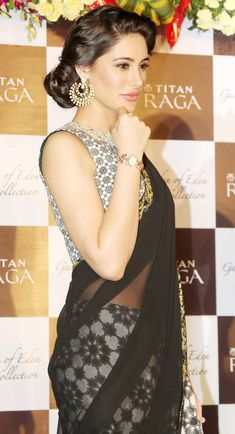 Nargis Fakhri looked beautiful as she sported a traditional look at a Titan Raga event.