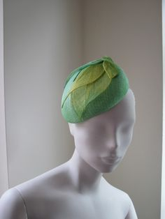 Cocktail Hat Women Green Yellow Sinamay Ombre by MindYourBonce Sinamay Hats, Fascinator Hats, Headpiece, Fascinators, Cocktail Hat, Green Hats, Hat Shop, Love Hat, Flowers