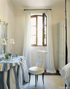 Ginny Magher in Provence, this vanity table is a dream. Perfect with the all white room! French Country Bedrooms, French Country Style, Country Bathrooms, Chic Bathrooms, Dressing Table Vanity, Dressing Tables, Vanity Tables, Dressing Rooms, Vanity Area