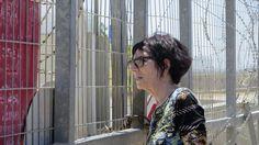 Abuelas israelíes, guardianas de los derechos humanos en los puestos de control      Cada mañana acuden con papel y bolígrafo dispuestas a denunciar las irregularidades que cometen los soldados israelíes en territorio palestino