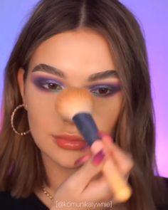 Easy Makeup Tips to Make You Look Gorgeous! highlighter Easy Makeup Tips to Make You Look Gorgeous! Makeup Eye Looks, Skin Makeup, Eyeshadow Makeup, Eyeliner, Best Highlighter Makeup, Simple Makeup, Natural Makeup, Bridal Makeup, Wedding Makeup