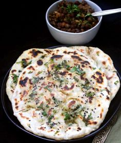 Recipe for Aloo Kulcha, a flaky, savory Indian flatbread with an easy potato filling. A vegan, soy-free and nut-free recipe. Quick Easy Vegan, Vegan Recipes Easy, Bread Recipes, Kulcha Recipe, Beans Curry, Paratha Recipes, Dried Mangoes, Vegan Butter, A Food