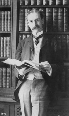 "Dr. Herbert Putnam, was relatively young when he started working in the position [Librarian of Congress]. Here he is around 1900. From ""30 Vintage Photos of People in Libraries."""