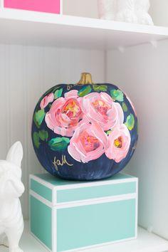 craftberry bush Hand painted floral pumpkin http://www.craftberrybush.com/2016/09/hand-painted-floral-pumpkin.html via bHome https://bhome.us