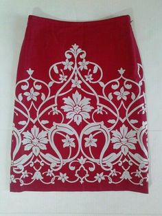 ANN TAYLOR LOFT RED DAMASK FLORAL KNEE LENGTH PENCIL SKIRT LINED 0 SILKY FORMAL #AnnTaylorLOFT #StraightPencil