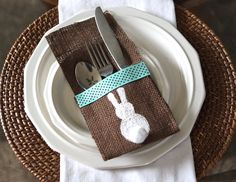 Easter Bunny Burlap Silverware Holder. #DIY #craft #burlap Use ribbon, in wedding colors, in place of lace? Stencil on a small white flower?