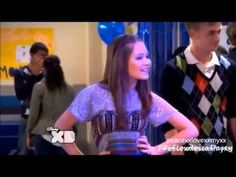 Bree//Chase-This Kiss - YouTube