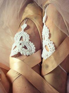 Crochet Dance Shoes. Uncinetto Scarpe da punta