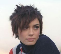 Hair today, gone tomorrow / I love Shannyn Sossamon, she is . Very Short Pixie Cuts, Short Hair With Layers, Short Hair Cuts, Short Hair Styles, Square Face Hairstyles, Cool Hairstyles, Hairdos, Shannyn Sossamon, Sassy Haircuts