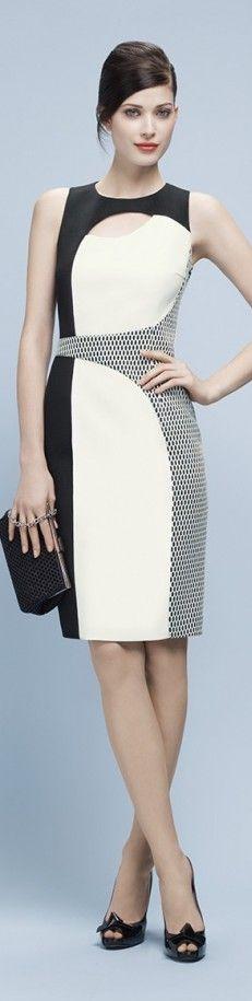 Paule Ka, hermoso vestido asimétrico...