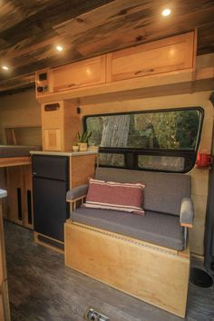 This van conversion was built for taking extended weekend trips, with a double drop down bed, large kitchen galley, and a modular bench seat with a dog bed. Build A Camper Van, Tiny Camper, Camper Life, Van Conversion Interior, Camper Van Conversion Diy, Motorhome, Tiny House Big Living, Small Living, Bus Living