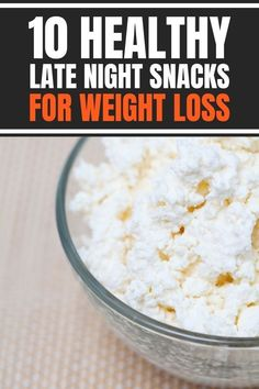 Best healthy late night snacks for weight loss that are easy quick. Satisfy your midnight cravings without junk food. Healthy, good clean eating snack ideas that are low calorie, low carb, keto friendly, vegan friendly, sweet, yummy, and simple. #healthysnacks #weightlosssnacks Healthy Late Night Snacks, Healthy Snacks, Weight Loss Snacks, Weight Loss Tips, Belly After Baby, Midnight Cravings, Twin Mom, Detox Recipes, Vegan Friendly
