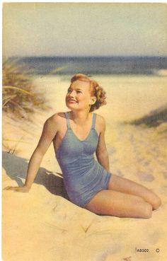 vintage postcards | Vintage Florida Postcard - Linen (Unused) Cheesecake Pose Blue Bathing ...