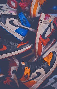 Jordan Shoes Wallpaper, Sneakers Wallpaper, Nike Wallpaper, Drawing Wallpaper, Retro Wallpaper, Screen Wallpaper, Zapatillas Jordan Retro, Zapatillas Casual, Tenis Casual