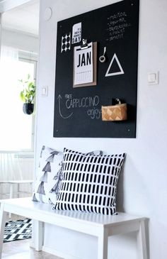 Trendy DIY Chalkboard ideas and Paint Project For Decor [ Must Try ] Sweet Home, Diy Casa, Ideas Para Organizar, Diy Chalkboard, Blackboard Wall, Kitchen Chalkboard, Home And Deco, Scandinavian Interior, Inspired Homes