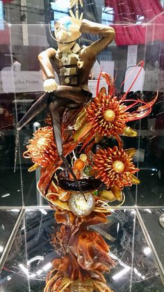 Pulled Sugar Art, Chocolate Sculptures, Sugar Sugar, Food Art, Sweets, Cakes, Baking, Halloween, Decor