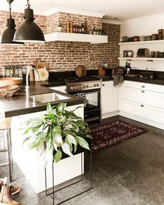 its-my-living:The Definitive Source for Interior Designersits-my-homeliving:Kitchen Inspiration //. its-my-living:The Definitive Source for Interior Designersits-my-homeliving:Kitchen Inspiration //. Kitchen Inspirations, House Design, Home Decor Kitchen, House Interior, Home Kitchens, Home Remodeling, Home, Home N Decor, Home Decor