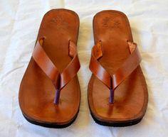 Leather Sandals-Handmade Sandals Flip Flops, Thongs, Custom Made ALL SIZES #Handmade #FlipFlops Me Too Shoes, Shoe Boots, Shoes Sandals, Leather Slippers, Leather Sandals, Tong Cuir, Leather Gifts, Handmade Leather, Leather Flip Flops