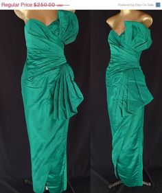 SALE Vintage 80s Dress  1980s Evening Gown  by CatseyeVintage, $175.00