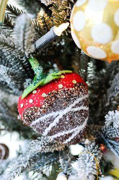 Christmas by Maria Barros Home