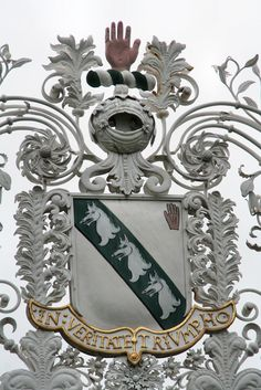 Myddleton family arms outside Chirk Castle