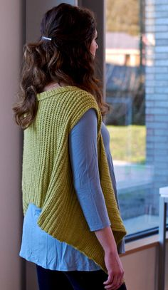 Mod waterfall vest | half-double crochet (Plays Well Together) : Knitty.com - Winter 2015